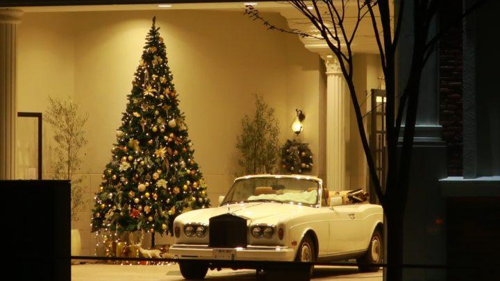 南青山のクリスマスツリーと外車たち,2018