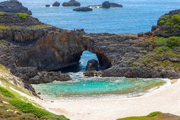 【世界遺産】 小笠原諸島、10月から5月がベスト、ツアーもあるのでラク