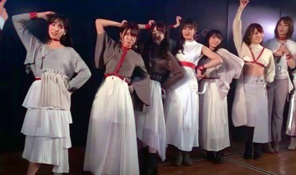 【AKB48】新たなエイトポーズ 両肘で8をつくる チーム8